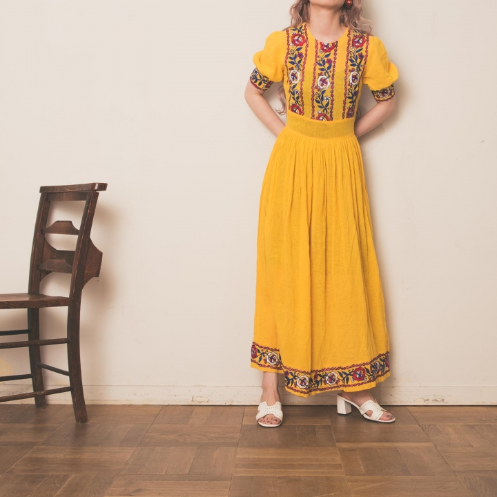 70s Yellow Flower Embroidered Long Onepiece