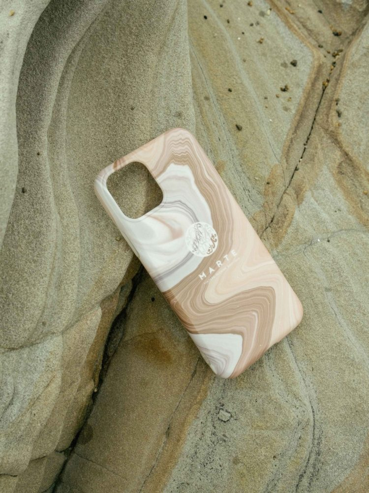 「Marble iPhone Case」